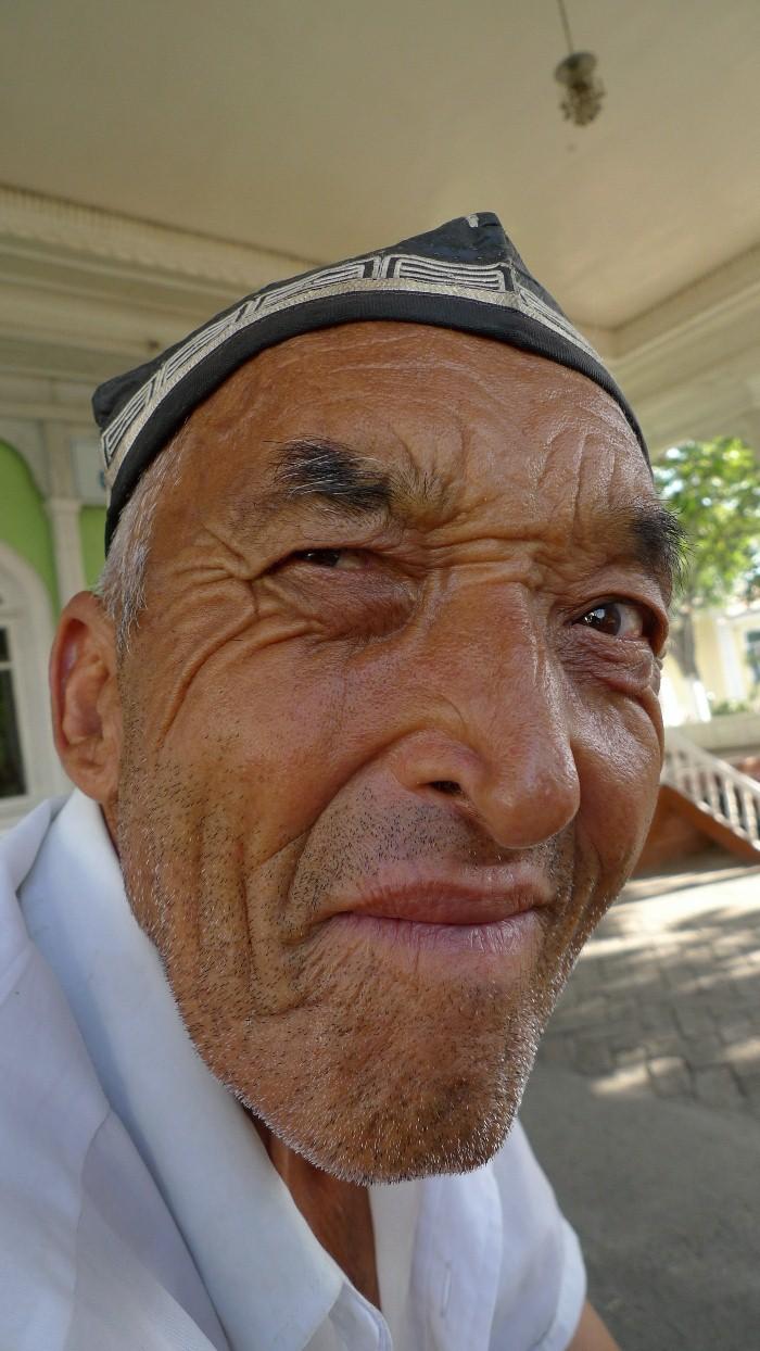el valle muslim Christians and muslims susya y en el valle cremisan en susya, una comunidad musulmana beduina se enfrenta a injustas expropiaciones de tierras.
