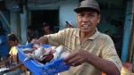 Mayorista de pescado, no limpia pescado como el Recio