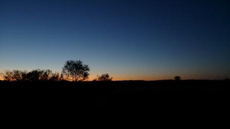 Anocheciendo en Uluru